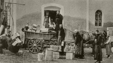 Trapistički redovnici u Banjaluci utovaraju sir