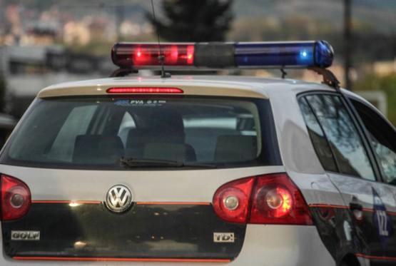 Jedna osoba poginula, više povrijeđenih u saobraćajnoj nesreći